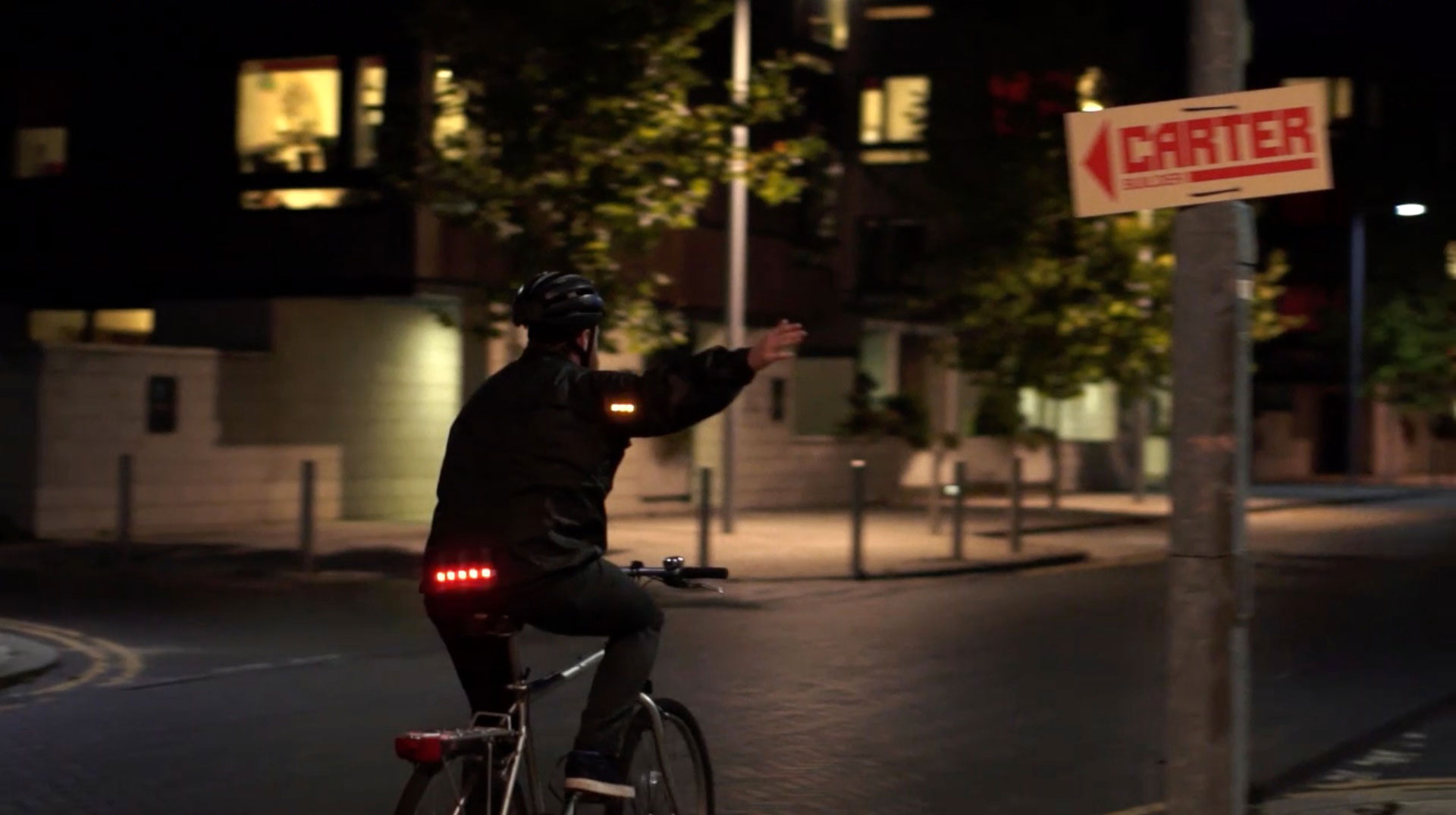 VISIJAX LED WEARABLE TECHNOLOGY CYCLING WEAR - Commuter Jacket