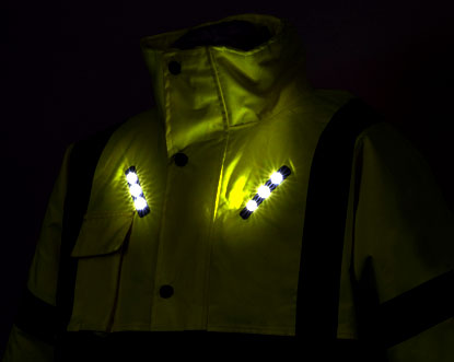 VISIJAX-industrial-high-visibiity-jackets-with-wearable-technology-led-dark